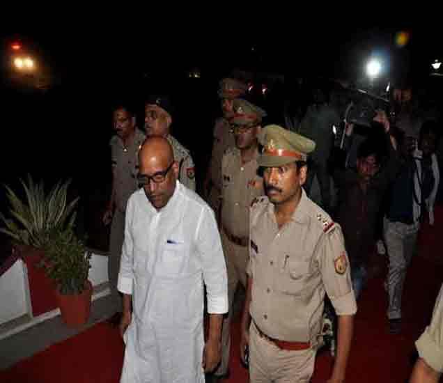 वाराणसी : MLA अजय राय यांना अटक, अविमुक्तेश्वरानंदांवरही गुन्हा|देश,National - Divya Marathi