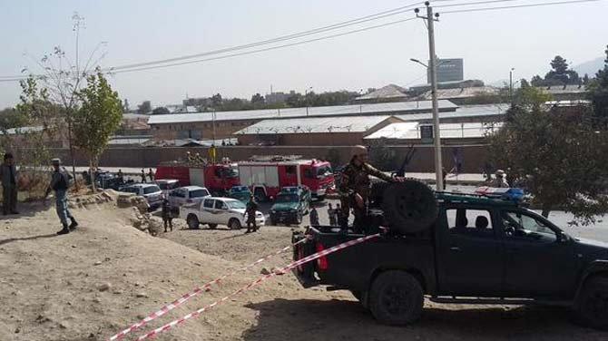 काबुलमध्ये मोठा आत्मघाती स्फोट, तालिबानने स्वीकारली जबाबदारी विदेश,International - Divya Marathi