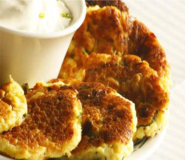 नवरात्री स्पेशल : उपवासाचे केळीचे दहीवडे, रताळा कटलेट आणि भोपळा बर्फीची रेसिपी...| - Divya Marathi