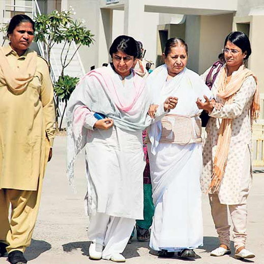 हा आहे आसाराम यांचा PA, याच्या एका जबाबाने संपूर्ण कुटुंब जाईल तुरुंगात|देश,National - Divya Marathi