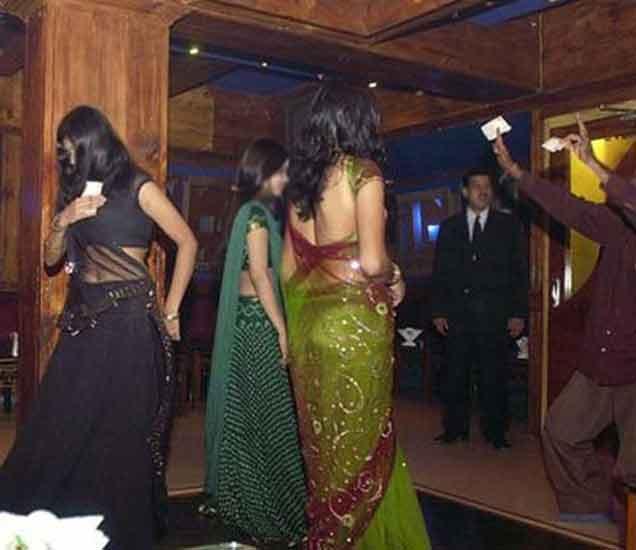 डान्स बारची पुन्हा छमछम; सुप्रीम कोर्टाने उठवली बंदी|देश,National - Divya Marathi