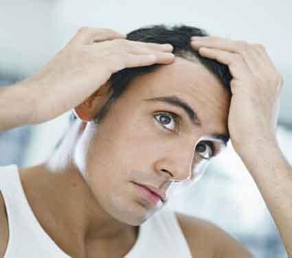 अवेळी केस गळतीची समस्या दूर करण्यासाठी करा हे उपाय, गेलेले केस पुन्हा येतील... जीवन मंत्र,Jeevan Mantra - Divya Marathi