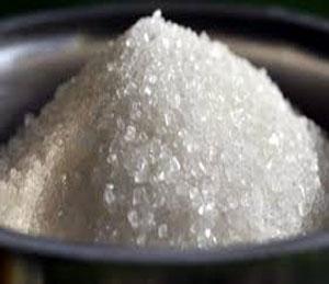 डाळींपाठोपाठ आता साखरेची गोडी महाग, धडक कारवाईमुळे डाळींचे भाव मात्र स्थिर|औरंगाबाद,Aurangabad - Divya Marathi