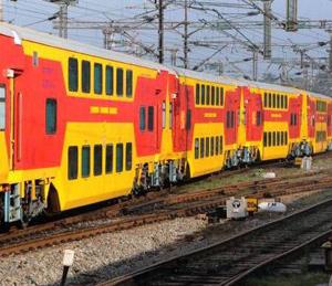 मुंबई- गाेवा डबल डेकर रेल्वे लवकरच धावणार मुंबई,Mumbai - Divya Marathi