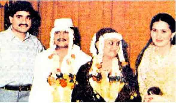 क्रिकेट, गर्लफ्रेंड, पार्टीज, 93 च्या ब्लास्टपूर्वी असे जगत होते दाऊद-राजन|मुंबई,Mumbai - Divya Marathi