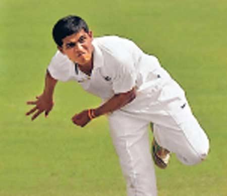 रणजी : महाराष्ट्राला विजयाची संधी, अखेरच्या दिवशी लागणार फलंदाजांचा कस स्पोर्ट्स,Sports - Divya Marathi
