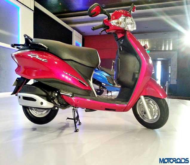 Hero Motocorp ने लॉन्च केली Duet Scooter,  किंमत 48400 रूपये|ऑटो,Auto - Divya Marathi