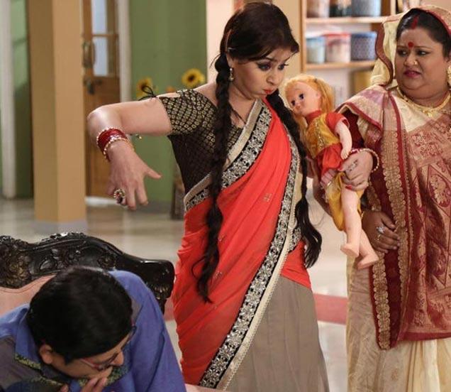 शूटिंग करताना रोहिताश गौड, शिल्पा शिंदे आणि सोमा राठौर - Divya Marathi
