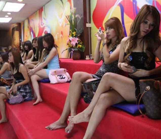 इकॉनॉमी वाढवणा-या सेक्स टूरिजमसाठी जगभरात प्रसिध्द आहेत हे 10 देश...| - Divya Marathi