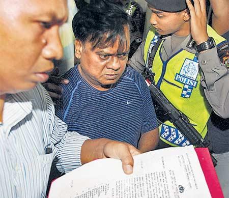 राजन सीबीआय कोठडीत, बनावट पासपोर्टप्रकरणी १० दिवस सीबीआयच्या ताब्यात देश,National - Divya Marathi