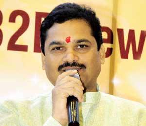 छोटा राजनशी लागेबांधे असणा-यांची चौकशी सुरू- गृहराज्यमंत्री राम शिंदे मुंबई,Mumbai - Divya Marathi