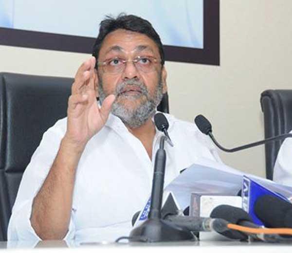 रामदेव बाबांच्या पतंजली नूडल्सचा परवाना बोगस- राष्ट्रवादीचा आरोप मुंबई,Mumbai - Divya Marathi