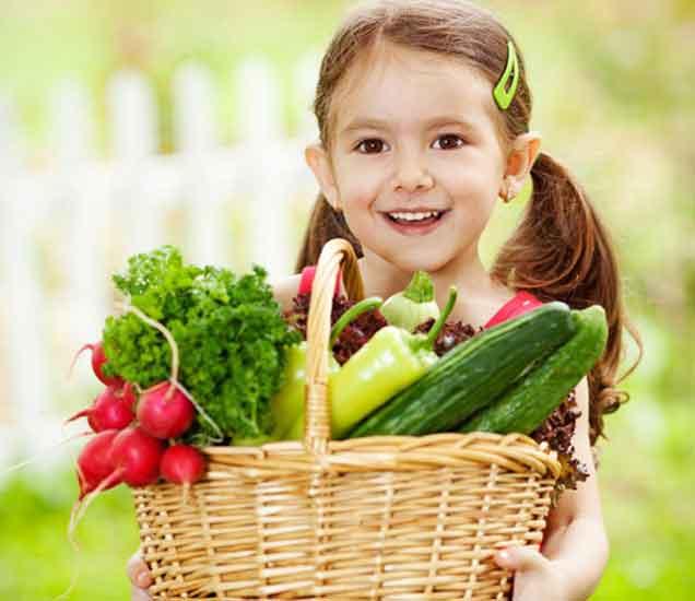 मुलांसाठी इंटरेस्टिंग जेवण तयार करणे आहे आवश्यक, वापरा या सोप्या टिप्स...| - Divya Marathi