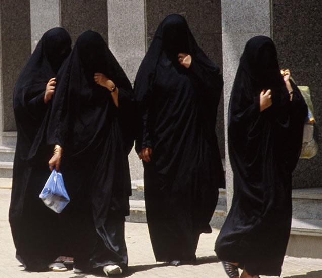 सौदी अरब: महिला पहिल्यांदा निवडणुकीच्या रिंगणात; सुरु झाले इलेक्शन कॅम्पेन|विदेश,International - Divya Marathi