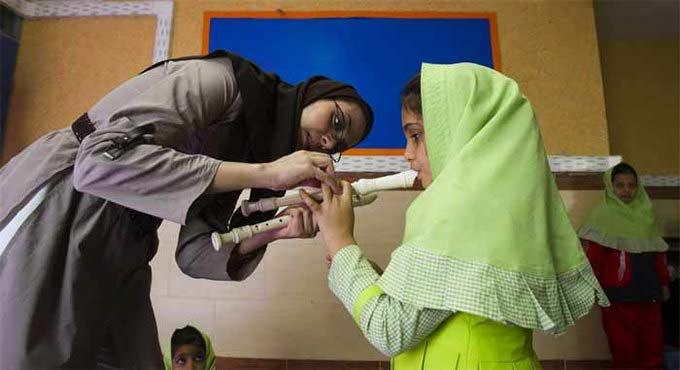 कट्टरपंथी ओळख असलेल्या इराणमधील लोकांच्या डेली LIFE चे PHOTOS|विदेश,International - Divya Marathi