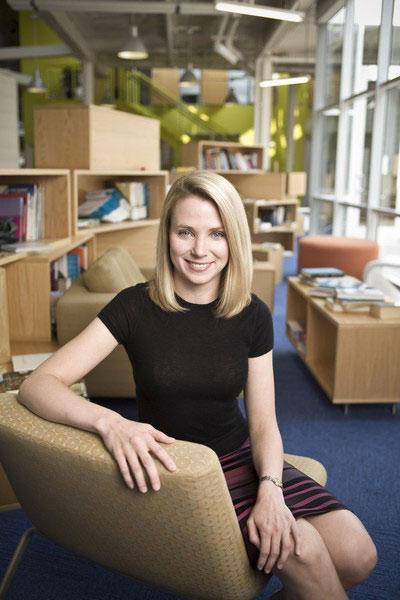 Yahoo इंटरनेट बिझनेस विकण्याची शक्यता, CEO मरिसा मेयर यांचे भवितव्य धोक्यात|बिझनेस,Business - Divya Marathi