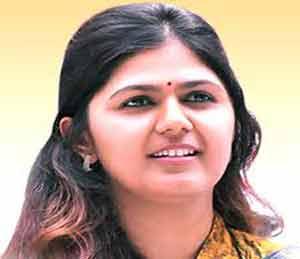 सिंचनास अधिक निधीसाठी केंद्राकडे पाठपुरावा : ग्रामविकास मंत्री पंकजा मुंडे|मुंबई,Mumbai - Divya Marathi