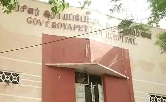 VIDEO चेन्नई : रुग्णालयात आणले 45 मृतदेह, पुन्हा मुसधार पावसाला सुरुवात|देश,National - Divya Marathi