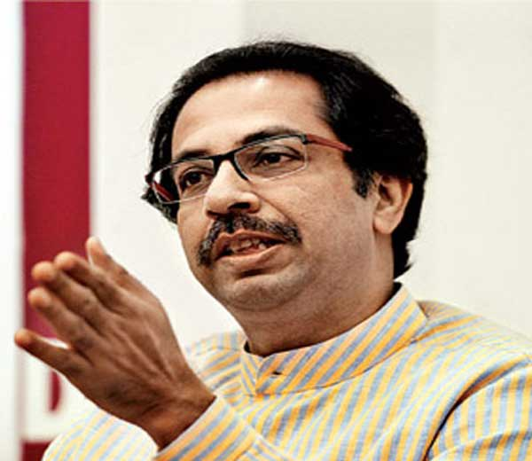 उद्धव ठाकरे दिल्लीत, सुषमांसोबतची भेट रद्द, पंतप्रधान मोदींशी आज चर्चा करणार?|मुंबई,Mumbai - Divya Marathi