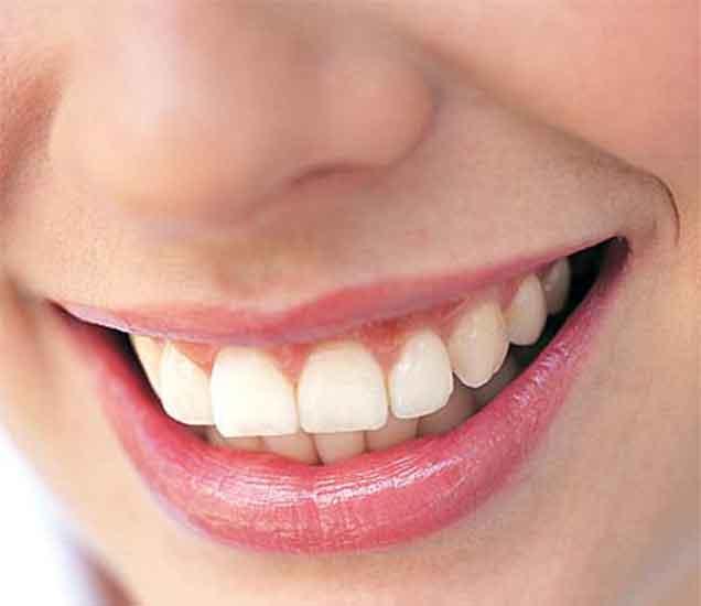 पतिला मुठीत ठेवतात असे दात असणा-या महिला, वाचा काही महत्त्वाच्या गोष्टी...|ज्योतिष,Jyotish - Divya Marathi