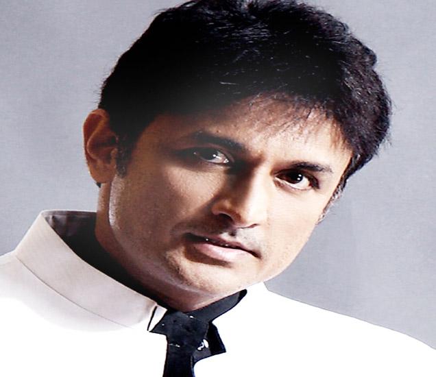 'नागपूर अधिवेशन'मध्ये 'राजकारणी' म्हणून अवतरणार अजिंक्य देव मराठी सिनेकट्टा,Marathi Cinema - Divya Marathi