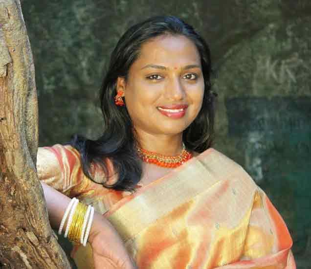 या तृतीय पंथीयांनी आपल्या कामातून समाजाचा पाहण्याचा दृष्टीकोन बदलवला|ओरिजनल,DvM Originals - Divya Marathi