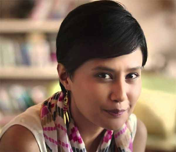 कॉपी रायटर ते \'इंटरनेट सेलिब्रिटी\', वाचा 4G गर्लची Success Story|बिझनेस,Business - Divya Marathi