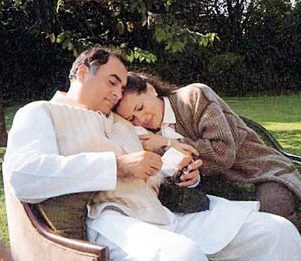 सोनियांना पाहाताक्षणीच प्रेमात पडले होते राजीव गांधी, वाचा सोनिया-राजीव यांची प्रेमकथा|देश,National - Divya Marathi