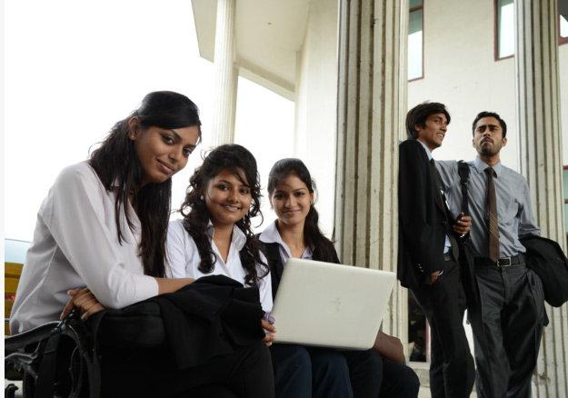 करिअर कॉर्नर : ऑनलाइन एमबीए करा, नोकरीत मिळवा प्रमोशन| - Divya Marathi