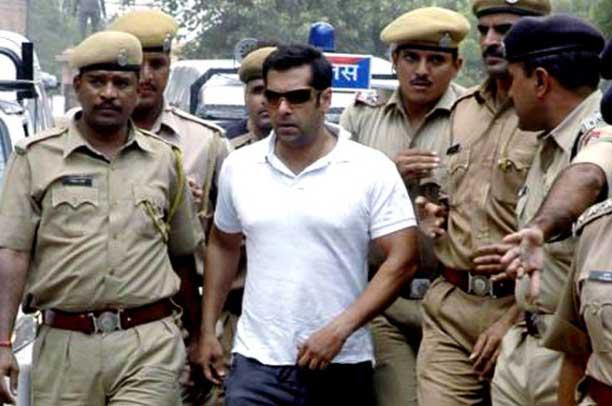 हिट अॅंड रन प्रकरणी सलमान खानची निर्दोष मुक्तता, मुंबई हायकोर्टाचा निर्णय|मुंबई,Mumbai - Divya Marathi