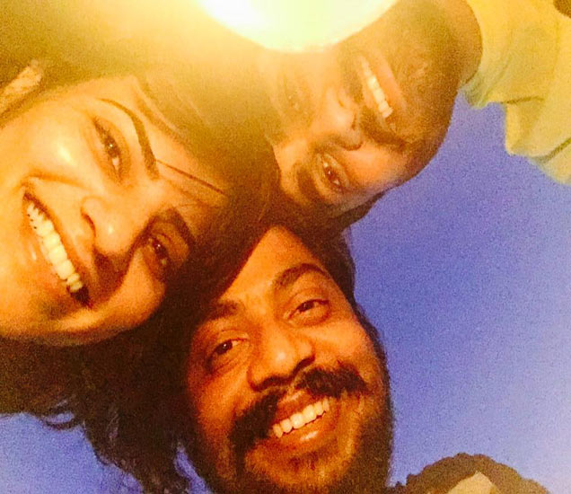 'पुढचं पाऊल'मधले स्वप्नाली-बंटी गेले हनिमूनला? पाहा त्यांची गोव्यातली मस्ती मराठी सिनेकट्टा,Marathi Cinema - Divya Marathi