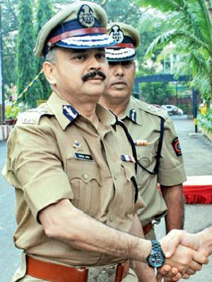 मुंबई पोलिस आयुक्त जावेद अहमद भारताचे सौदीतील राजदुत, घेतात केवळ 1 रुपया पगार मुंबई,Mumbai - Divya Marathi