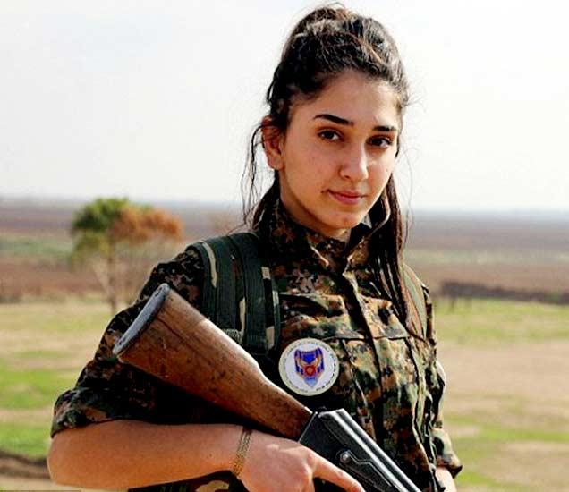 36 वर्षांची बेबीलोनिया ISIS च्या विरोधात युद्धात सहभागी झाली आहे. - Divya Marathi