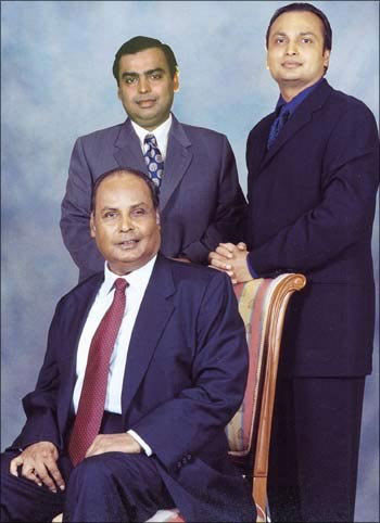वडिलांनी भाड्याच्या घरात सुरु केला बिझनेस; मुलगा राहातो महागड्या बंगल्यात|बिझनेस,Business - Divya Marathi