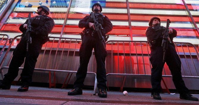 न्यू ईयर सेलिब्रेशनवर दहशतवादी हल्ल्याचे सावट, LETच्या निशाण्यावर मोदी|विदेश,International - Divya Marathi