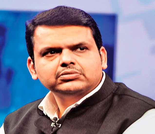 खडसेंनी केलेल्या बदल्यांच्या निर्णयाची हाेणार फेरतपासणी, मुख्यमंत्र्यांचा निर्णय मुंबई,Mumbai - Divya Marathi