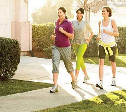 प्रेग्नेंसीनंतर वाढलेले वजन झटपट कमी करण्याच्या काही स्पेशल पध्दती...|जीवन मंत्र,Jeevan Mantra - Divya Marathi