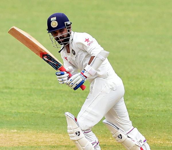 अजिंक्य रहाणेंनी नाबाद 108 धावा काढताना 13 चौकार आणि तीन षटकार ठोकले. - Divya Marathi