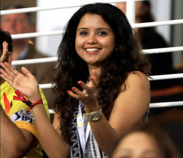 ग्लॅमरस आहे आर. अश्विनची पत्नी प्रीती नारायनन. - Divya Marathi