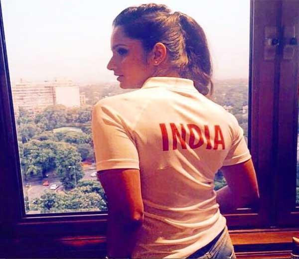 सानिया मिर्झा रिओ ऑलिंपिकमधील क्रीडाग्राममध्ये पोहचली आहे. - Divya Marathi