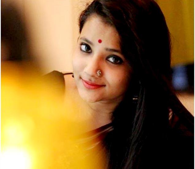 दिल दोस्ती दुनियादारी मालिकेतून प्रसिद्धीस आलेली पुजा ठोंबरे. - Divya Marathi