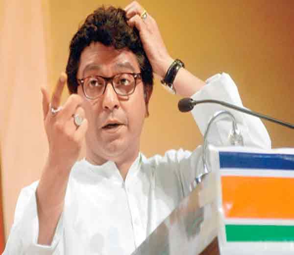 जयदेव-उद्धव ठाकरे यांच्या भांडणात  ओढू नका, राज यांनी वादात जाहीर भूमिका घेणे टाळले|नाशिक,Nashik - Divya Marathi