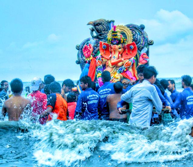 मुंबईचे फोटोग्राफर हनिफ तडवी यांनी काढलेले PHOTOS. - Divya Marathi