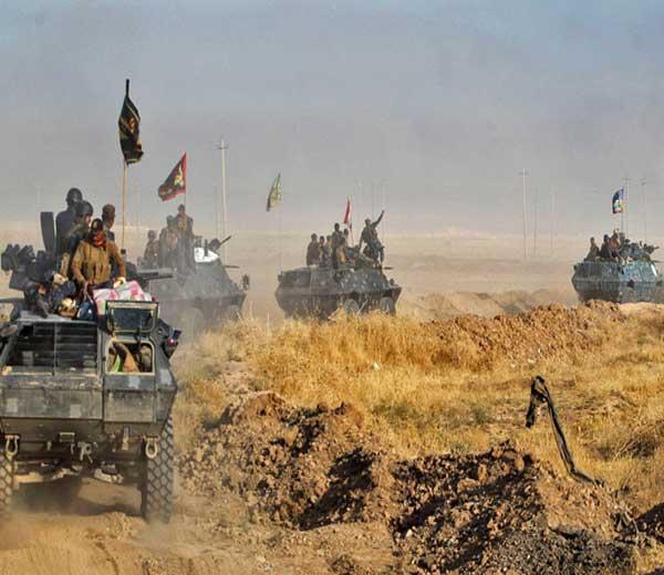 या आर्मी ऑपरेशनमध्ये इराकी सेना, शिया मिलिशिया गट, कुर्द गट आणि नाटो ग्रुपचा समावेश आहे. - Divya Marathi