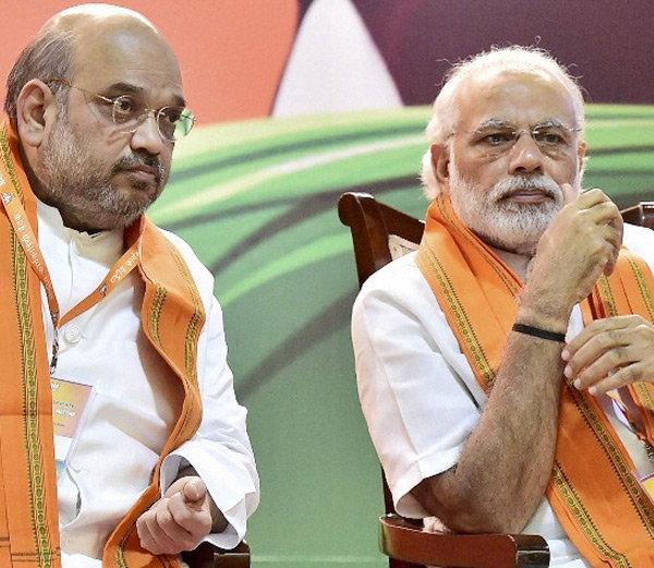 पंतप्रधान नरेंद्र मोदी आणि भाजपाध्यक्ष अमित शहा यांना 2019 ची चिंता लागली आहे. त्यासाठी वेगवेगळे प्रयोग भाजप करीत आहे. - Divya Marathi