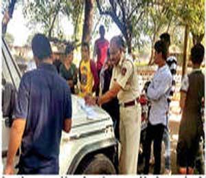 नियम माेडणाऱ्यांवर प्रादेशिक परिवहन विभागाच्या वतीने त्वरित कारवाई झाली. - Divya Marathi