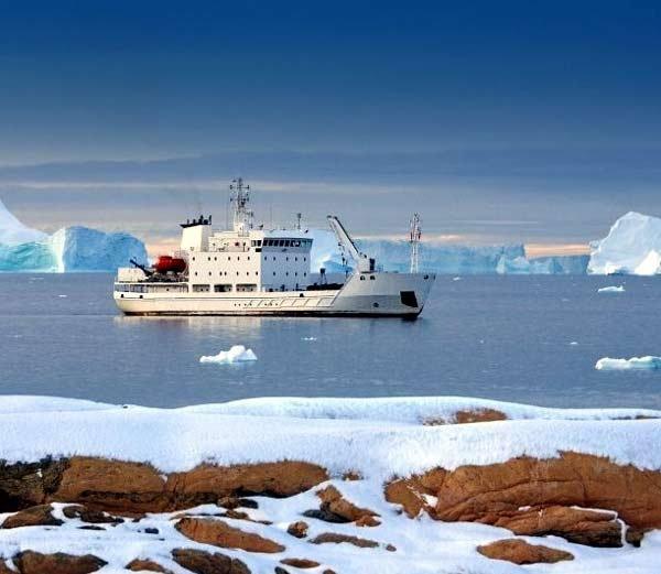नॉर्वेतील सागरी समूह स्वेलबार्ड... - Divya Marathi