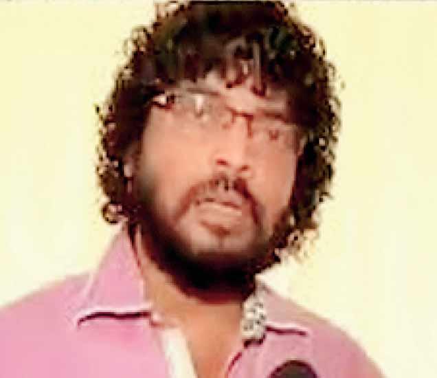 मराठा क्रांती मोर्चाचे मुंबई समन्वयक राजन घाग. - Divya Marathi