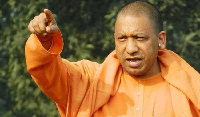 आदित्यनाथ म्हणाले, मी मुख्यमंत्रीपदाच्या शर्यतीत नव्हतोच. (फाइल) - Divya Marathi