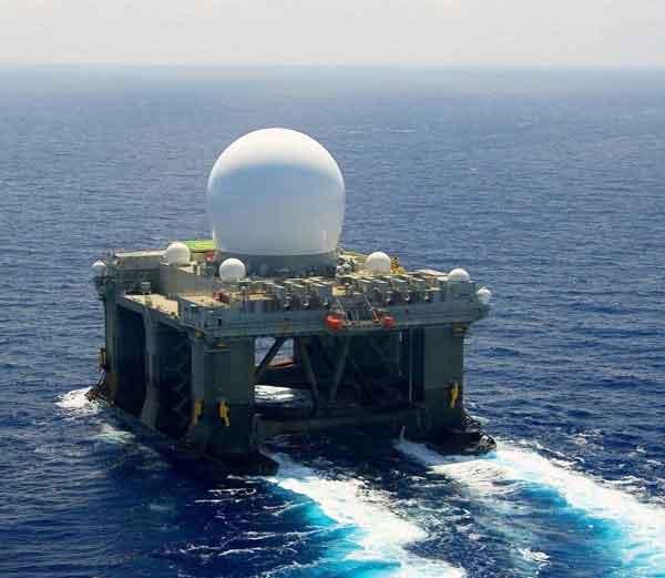 अमेरिकेची सर्वात आधुनिक समुद्री एक्स-बॅंड रडार (एसबी-एक्स) सिस्टिम.... - Divya Marathi